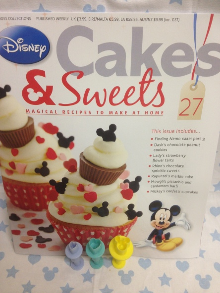 Disney Cakes and Sweets Issue 27
